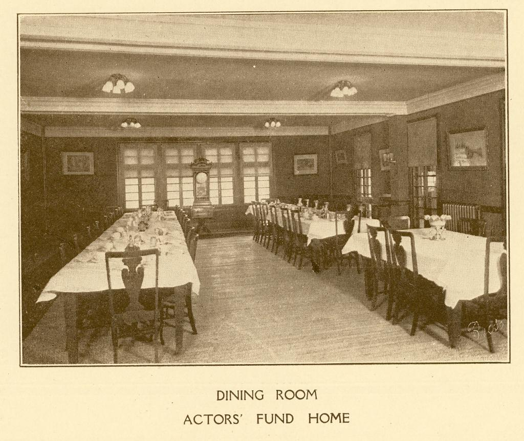 The Dining Room at The Actors Fund Home, Staten Island, c. 1917. | Photo by The Actors Fund