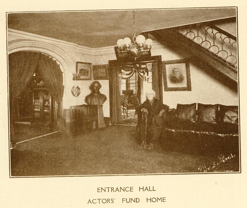 The Entrance Hall at The Actors Fund Home, Staten Island, c. 1917. | Photo by The Actors Fund