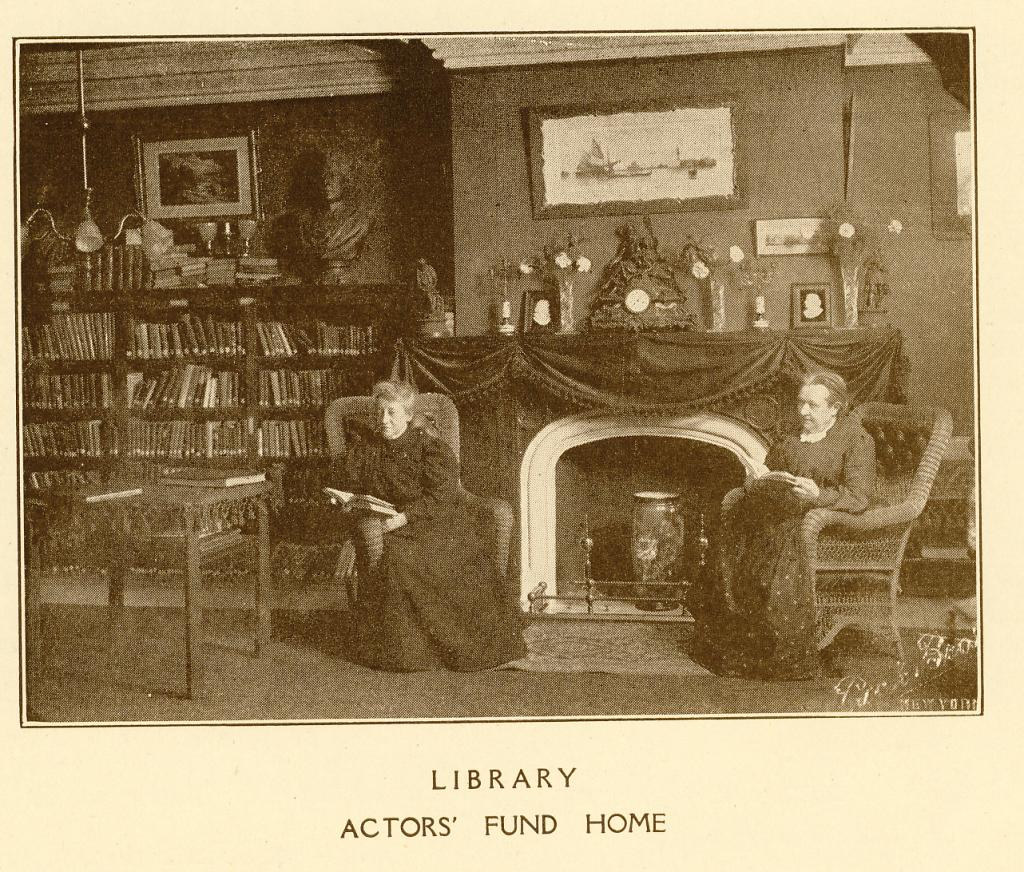 The Library at The Actors Fund Home, Staten Island, c. 1917. | Photo by The Actors Fund